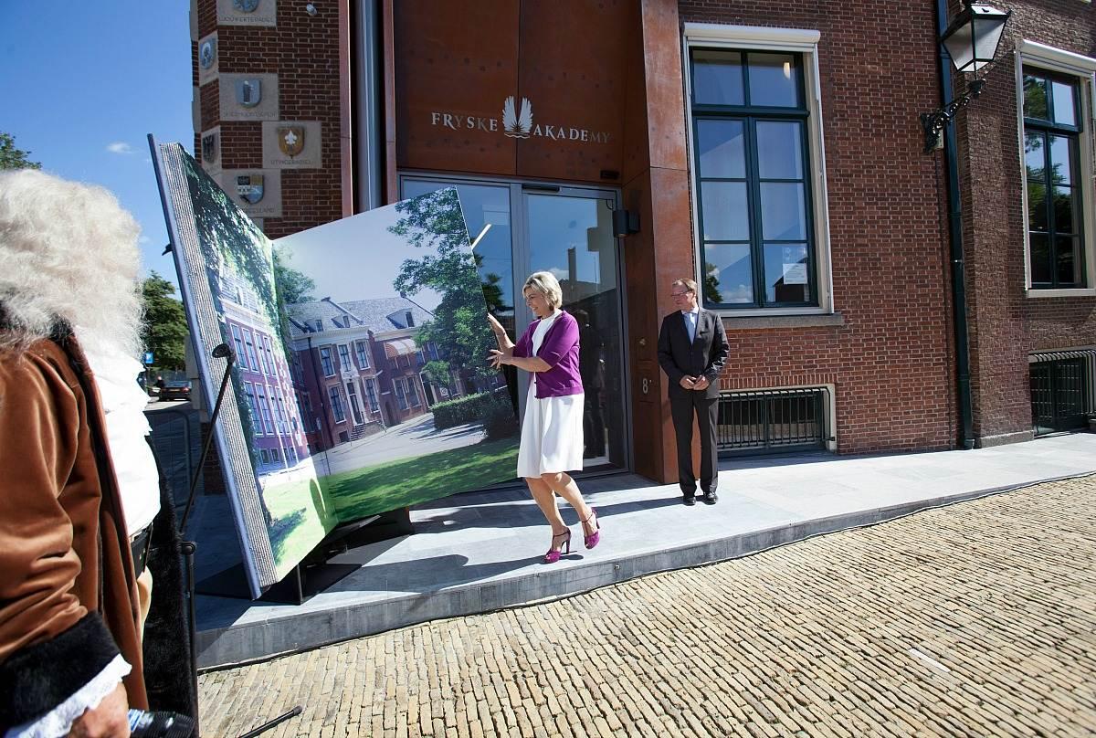 Prinses Laurentien opent vernieuwde gebouwen Fryske ...