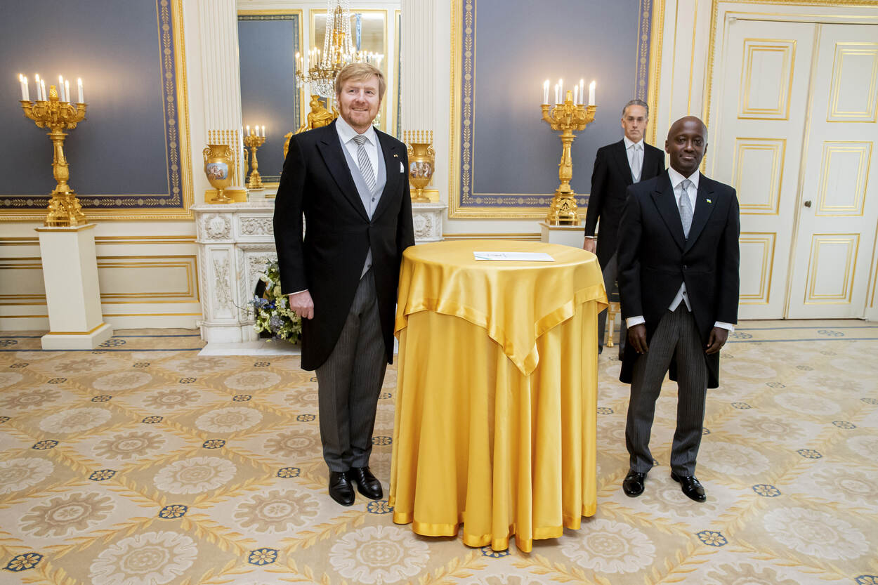 geloofsbrieven-ambassadeur-rwanda.jpg