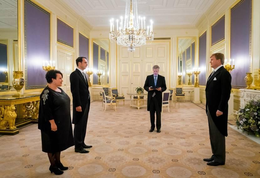 Het kabinet van de koning deelt mede nieuwsbericht for Interieur kabinet